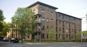 Similar Apartment at 1706 18th Avenue South