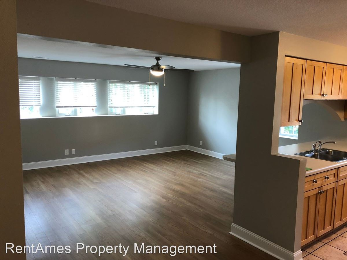 2 Bedrooms 1 Bathroom Apartment for rent at 325 Welch Ave in Ames, IA