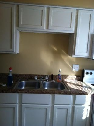 2 Bedrooms 1 Bathroom Apartment for rent at 411 Sycamore Road in Trenton, OH