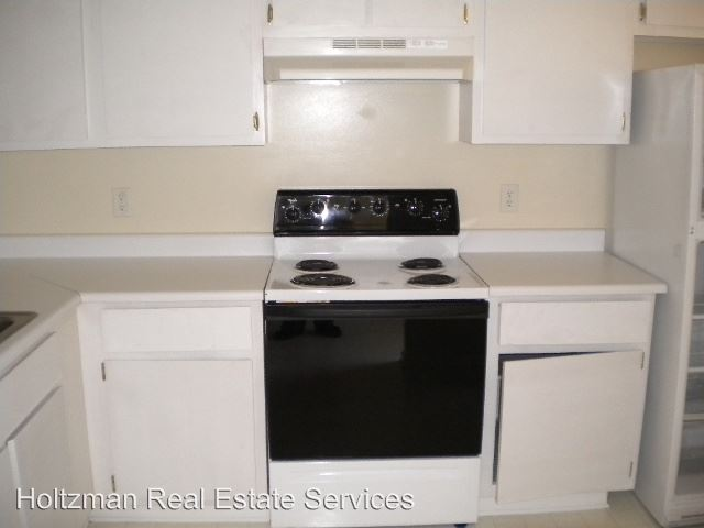 3 Bedrooms 2 Bathrooms Apartment for rent at 903 Brett Dr. in Hinesville, GA