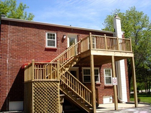 2 Bedrooms 1 Bathroom Apartment for rent at 2905 Commercial Ave in Madison, WI