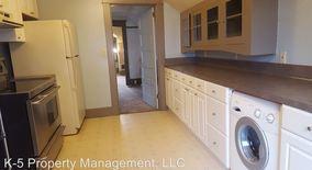Similar Apartment at 4915 Se 65 Ave