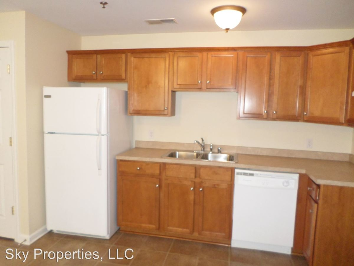 1 Bedroom 1 Bathroom Apartment for rent at 100 Pinnacle Court in Frankfort, KY