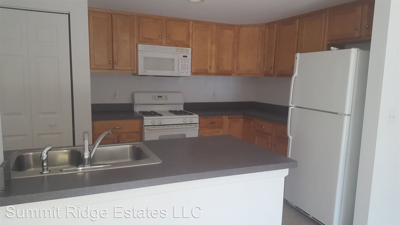 2 Bedrooms 2 Bathrooms Apartment for rent at 300 Schraffts Drive in Waterbury, CT