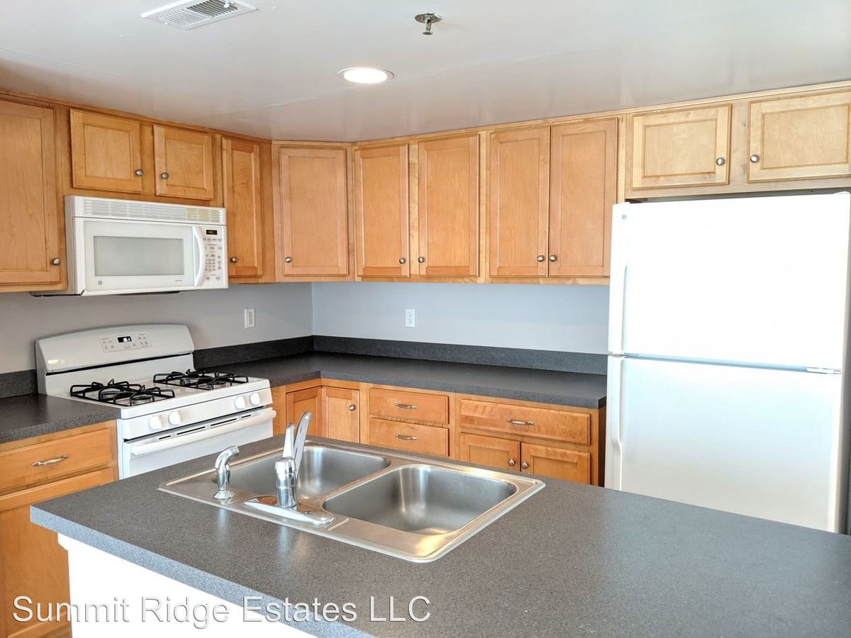 1 Bedroom 1 Bathroom Apartment for rent at 300 Schraffts Drive in Waterbury, CT