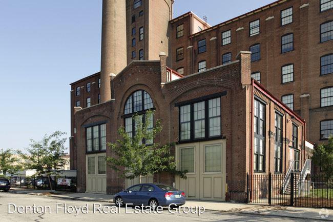 Superb 419 Finzer St 103 Louisville Ky Apartment For Rent Download Free Architecture Designs Scobabritishbridgeorg