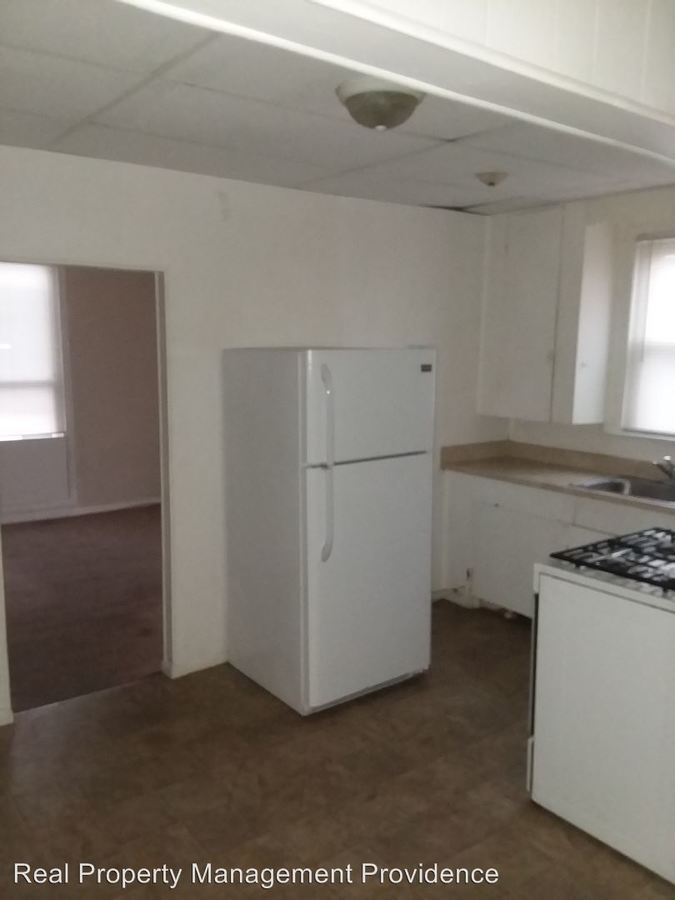 2 Bedrooms 2 Bathrooms Apartment for rent at 78 Sherman Street in Pawtucket, RI