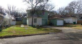 Similar Apartment at 135 Oak River Drive