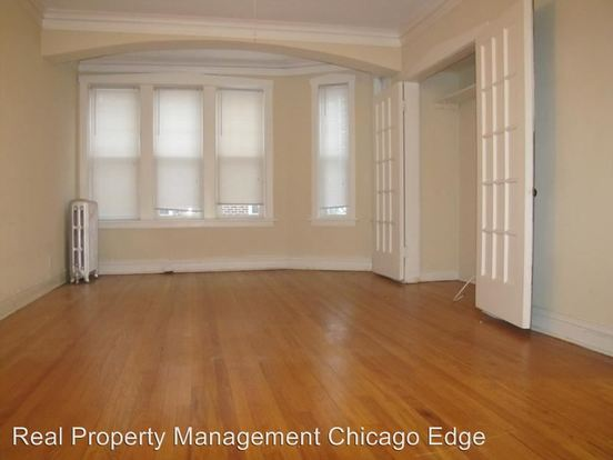 1 Bedroom 1 Bathroom Apartment for rent at 7014 N Sheridan Road in Chicago, IL