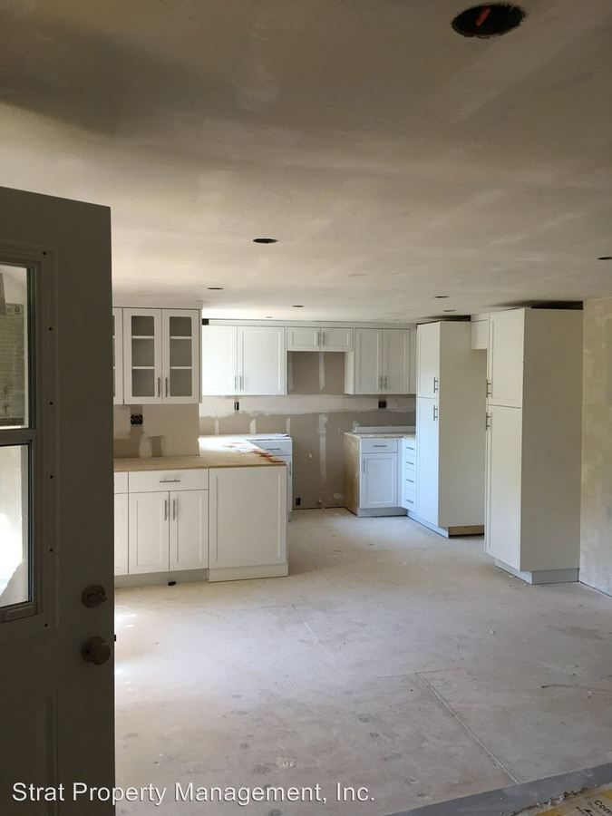 1 Bedroom 1 Bathroom Apartment for rent at 3130-42,3172 1st Ave 105 Spruce in San Diego, CA