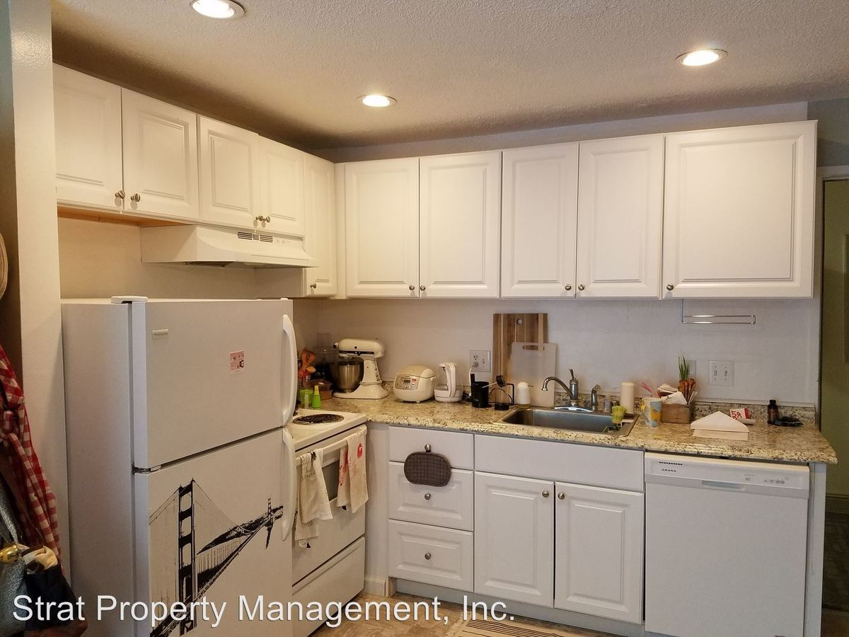 1 Bedroom 1 Bathroom Apartment for rent at Nightingale Apartments 4175 Bachman Pl. in San Diego, CA