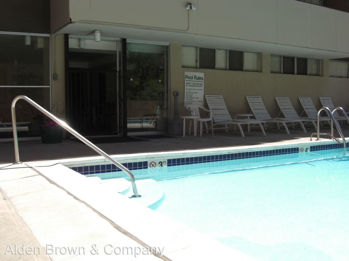 1 Bedroom 1 Bathroom Apartment for rent at 727 Pearl Street in Denver, CO