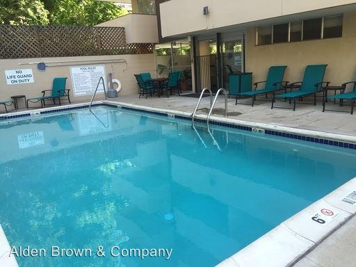 2 Bedrooms 1 Bathroom Apartment for rent at 727 Pearl Street in Denver, CO