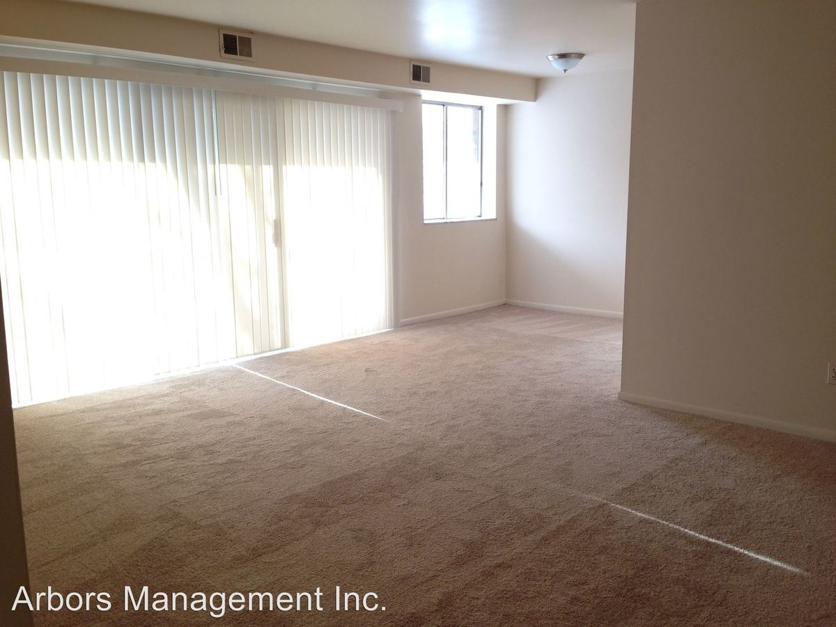 Studio 1 Bathroom Apartment for rent at Olympia Park Plaza in Mckeesport, PA
