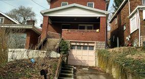Similar Apartment at 3028 Elroy Ave