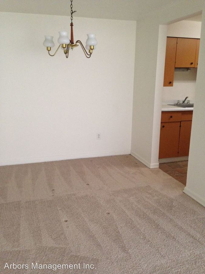 1 Bedroom 1 Bathroom Apartment for rent at Olympia Park Plaza in Mckeesport, PA