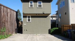 Similar Apartment at 1231 6th Ave N
