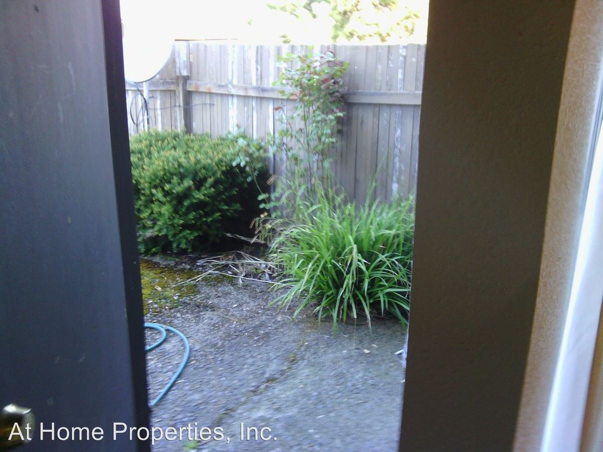 1 Bedroom 1 Bathroom Apartment for rent at 1417 - 1443 Nw Highland Drive in Corvallis, OR