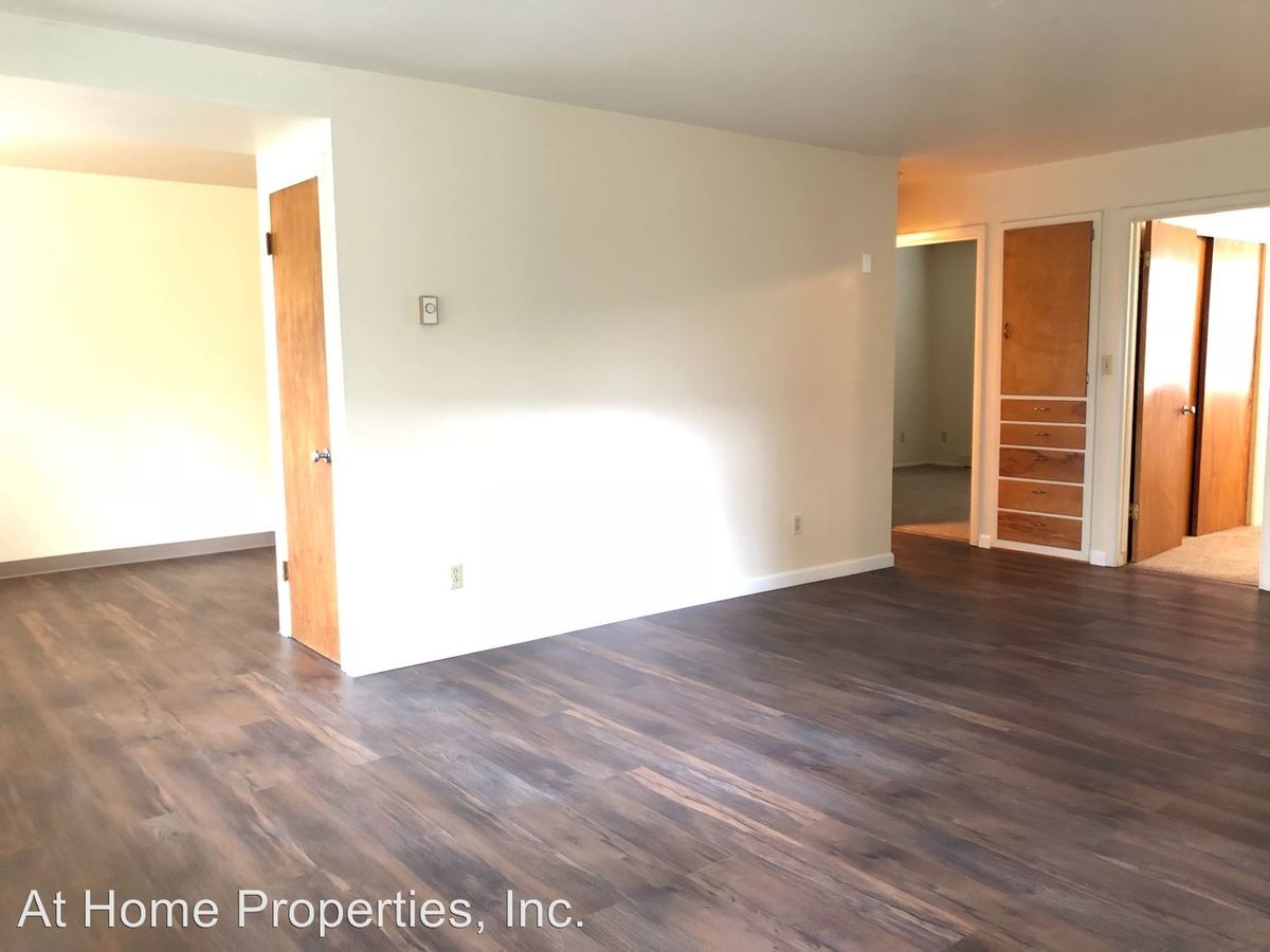 2 Bedrooms 1 Bathroom Apartment for rent at 909-923 Nw Beca Ave in Corvallis, OR
