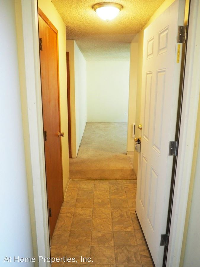 2 Bedrooms 1 Bathroom Apartment for rent at 1050 -1060 Sw E Avenue in Corvallis, OR