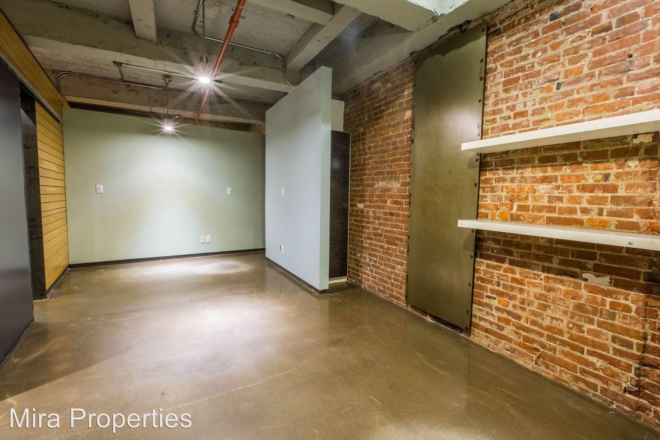 Studio 1 Bathroom Apartment for rent at 1216 Chestnut St in Philadelphia, PA