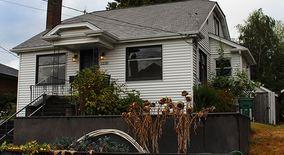 Similar Apartment at 3220 Nw 74th St