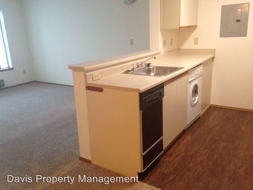 1 Bedroom 1 Bathroom Apartment for rent at 6500 24th Avenue Nw in Seattle, WA