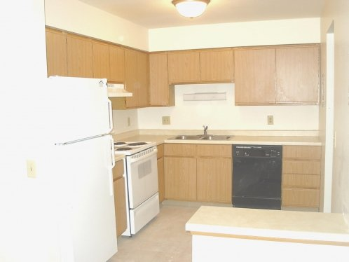 4 Bedrooms 1 Bathroom Apartment for rent at Guilford Apartments in Fitchburg, WI