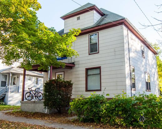 5 Bedrooms 1 Bathroom House for rent at Campus Area Houses (hcp Corp) in Madison, WI