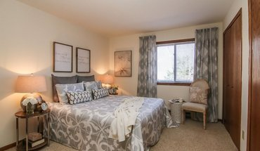 Commercial Avenue Apartment for rent in Madison, WI