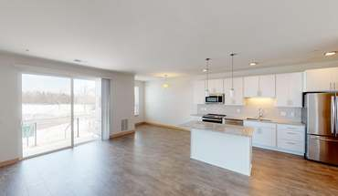 2 Bedrooms 2 Bathrooms Apartment for rent at Cross Hill Heights in Madison, WI