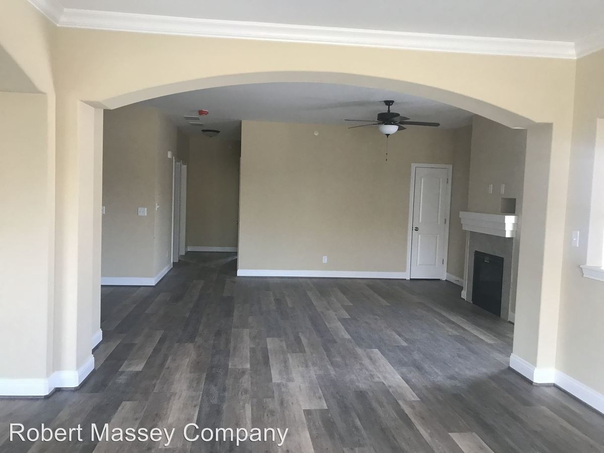 2 Bedrooms 2 Bathrooms Apartment for rent at 100 - 324 Beckley Ridge Lane in Louisville, KY