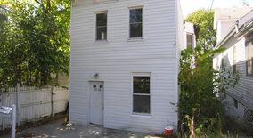 Similar Apartment at 1313 Considine Avenue