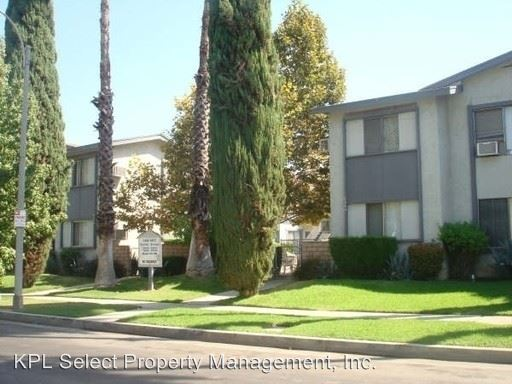 1 Bedroom 1 Bathroom Apartment for rent at 6444 Shirley Ave (a Units) 6452 Shirley Ave (b Units) in Reseda, CA