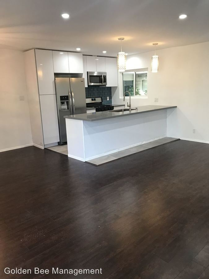 2 Bedrooms 2 Bathrooms Apartment for rent at 906 9th St in Santa Monica, CA
