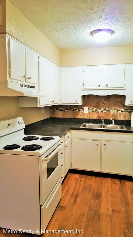 2 Bedrooms 1 Bathroom Apartment for rent at Vernon Ct. in Louisville, KY