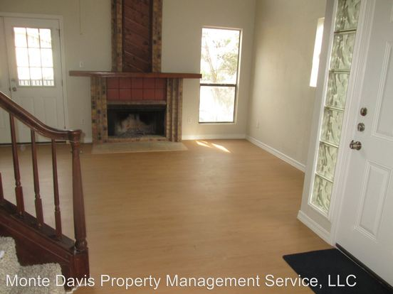 3 Bedrooms 2 Bathrooms Apartment for rent at 513 South Park Dr in Austin, TX