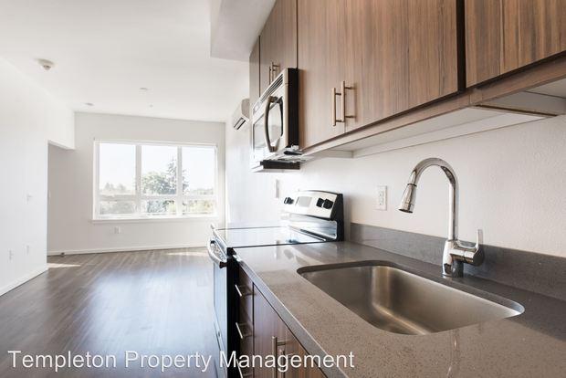 1 Bedroom 1 Bathroom Apartment for rent at 4717 Se Hawthorne Blvd in Portland, OR