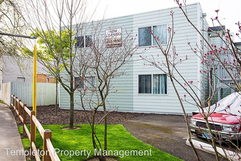2 Bedrooms 1 Bathroom Apartment for rent at 8415 Fessenden Street in Portland, OR