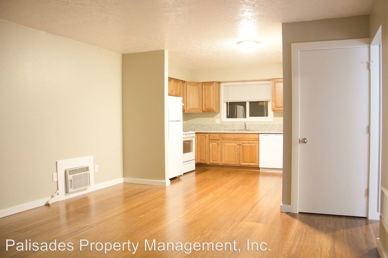 2 Bedrooms 1 Bathroom Apartment for rent at 502-520 Ne 78th Ave in Portland, OR