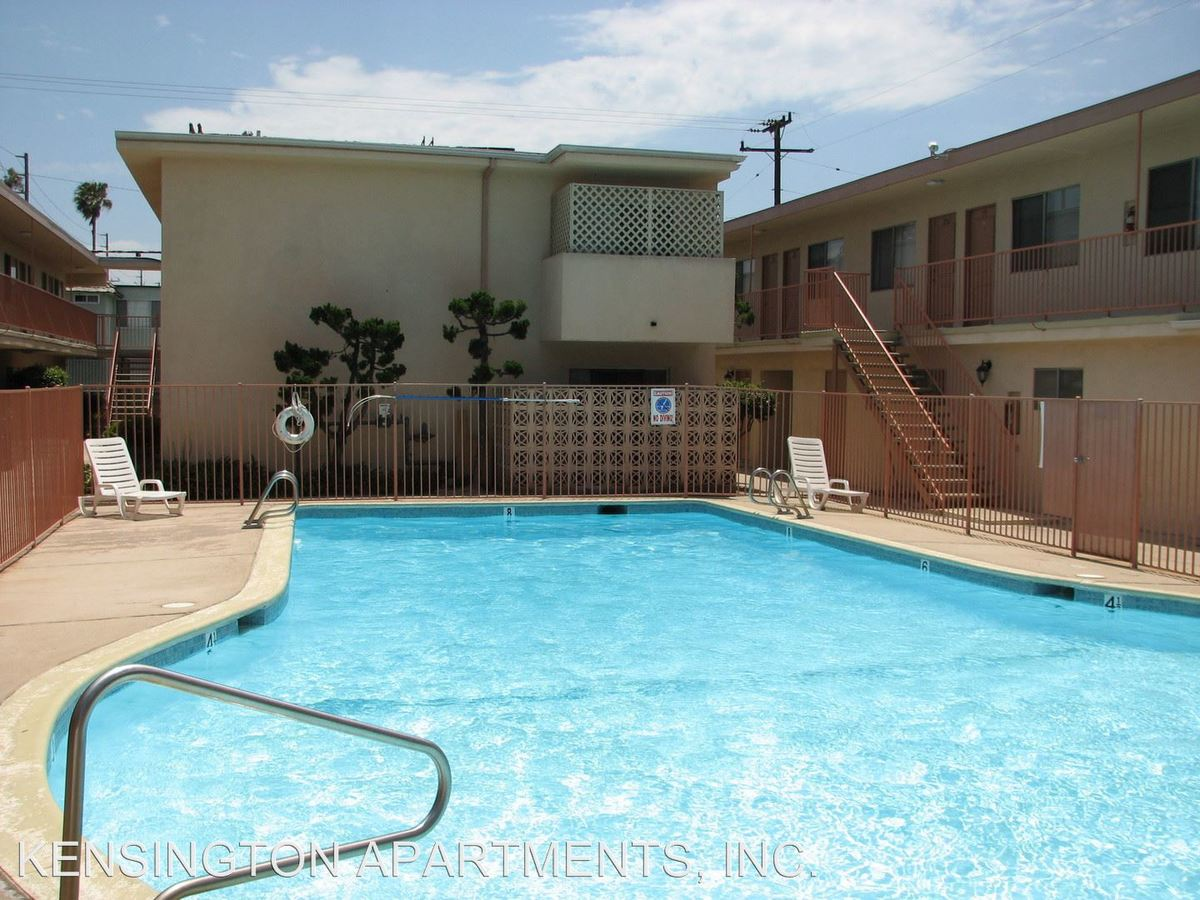 Studio 1 Bathroom Apartment for rent at 23525 Arlington Ave in Torrance, CA