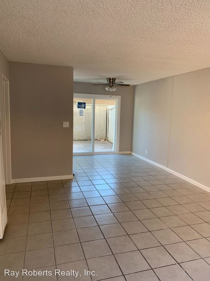1 Bedroom 1 Bathroom Apartment for rent at 928 - 932 N. Alameda Ave in Azusa, CA