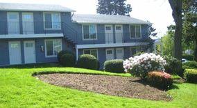 Similar Apartment at 6804 6838 North Richmond Ave.