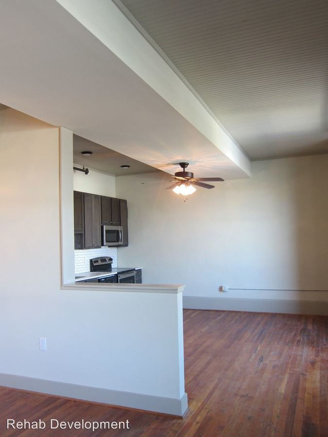 1 Bedroom 1 Bathroom Apartment for rent at 29 Cabarrus Avenue East in Concord, NC