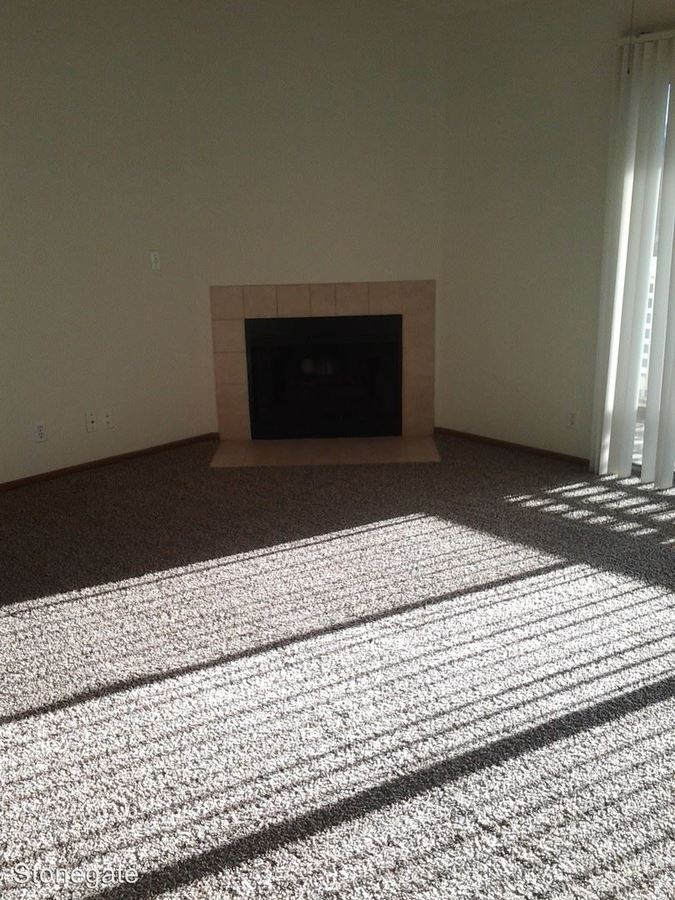 1 Bedroom 1 Bathroom Apartment for rent at Stonegate 12102 Stonegate Dr in Omaha, NE