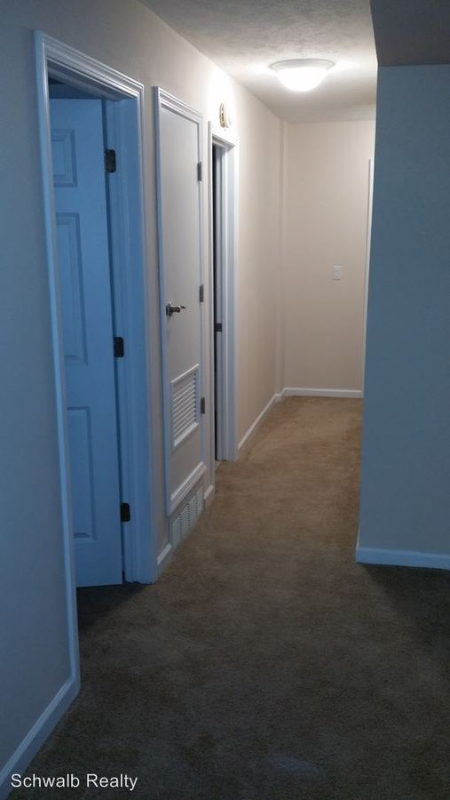 2 Bedrooms 1 Bathroom Apartment for rent at Jackson Square Llc 535 S. 37th St in Omaha, NE