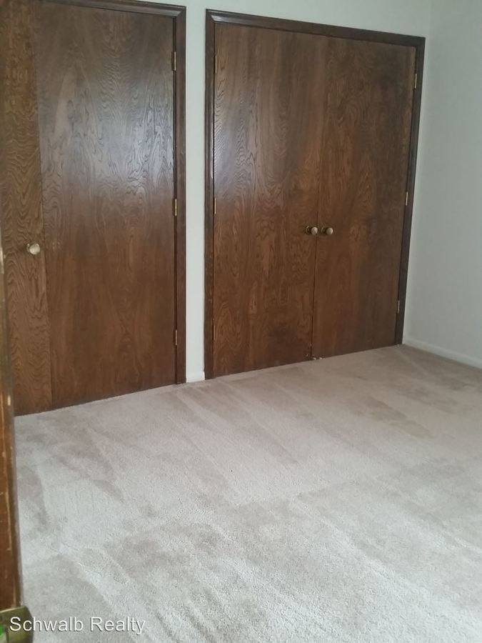 1 Bedroom 1 Bathroom Apartment for rent at Jackson Square Llc 535 S. 37th St in Omaha, NE
