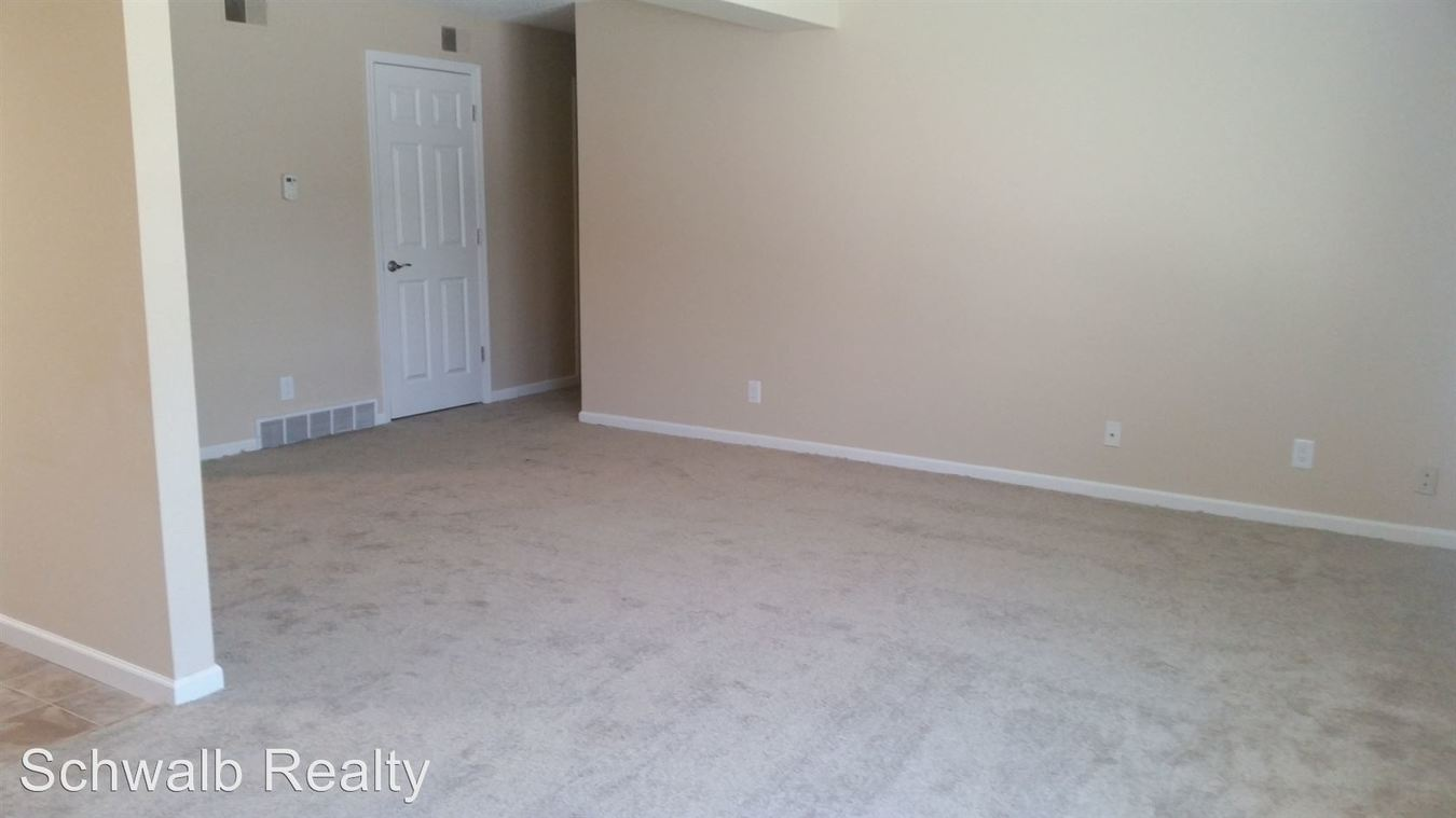 2 Bedrooms 2 Bathrooms Apartment for rent at Jackson Square Llc 535 S. 37th St in Omaha, NE