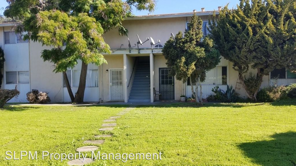 2 Bedrooms 1 Bathroom Apartment for rent at 811 -821-823- 825 Blossom Way in Hayward, CA