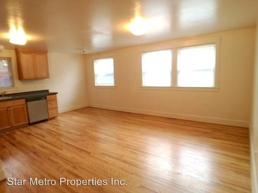 2 Bedrooms 1 Bathroom Apartment for rent at 1410 Se Belmont in Portland, OR